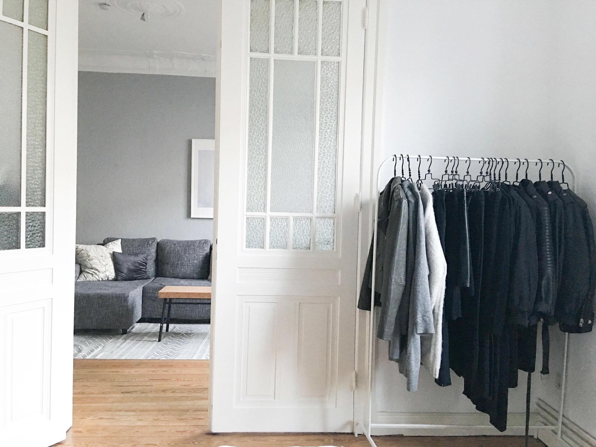 kleiderschrank ebay kleinanzeigen hamburg bettw sche wieviel grad waschen ideen f r. Black Bedroom Furniture Sets. Home Design Ideas