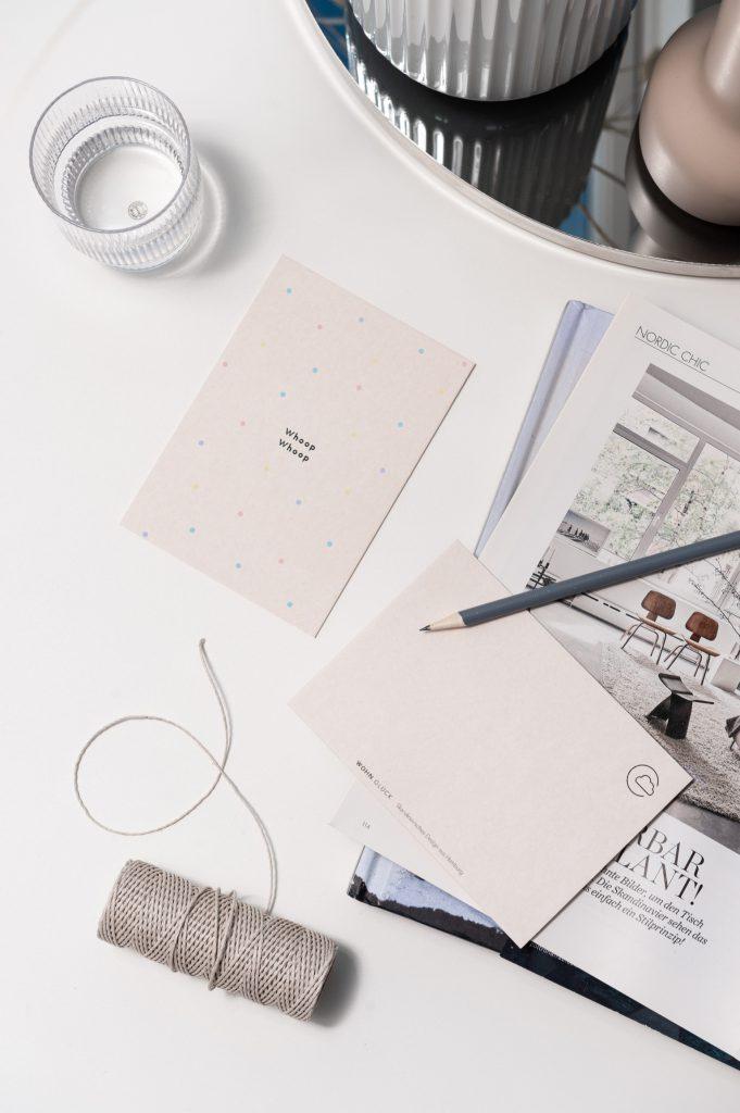 Wohnglück Design Produkte: Postkarte Whoop Whoop.